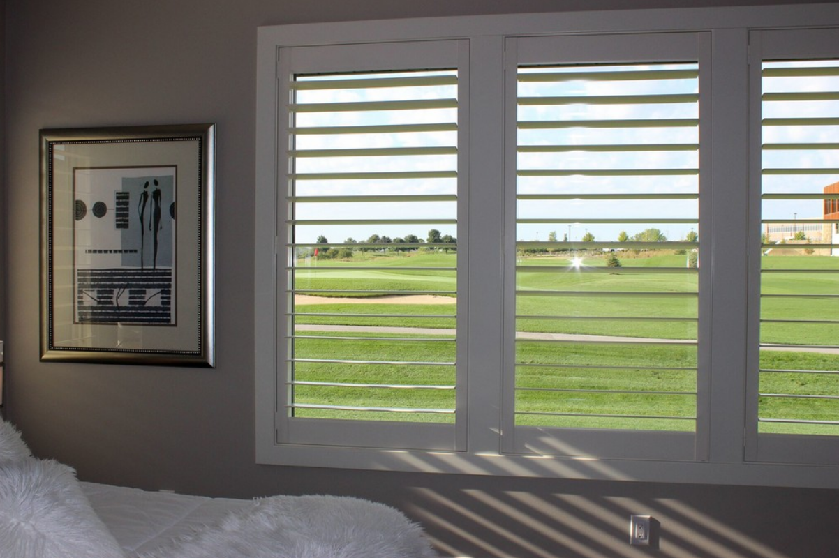 Eagle View 3 Hunter Douglas Newstyle Plantation Shutters